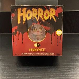 PENNYWISE VINYL FIGURE with red balloon and boat